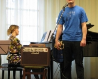 Laulab Artur Nagel, klaveril Margot Suur