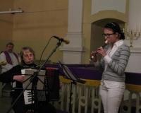 Ave Astel (akordion) ja Meelika Kustavus (plokkflööt)