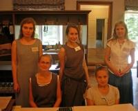 Erene Petrova, Ave Ahelik, Salme Ussanov, Veronika Balanova ja Margit Lind
