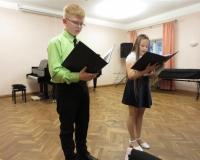 Jakob Täht ja Erle-Mai Pabusk teadvustamas