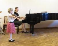 Cordelia Liiv (viiul) ja Eva Saar (klaver)