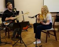 Diana Pihlap ja õpetaja Arno Tamm
