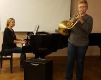 Jakob Täht ja klaveril õp Eva Saar